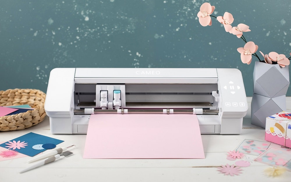 Silhouette Cameo 4 Lifestyle
