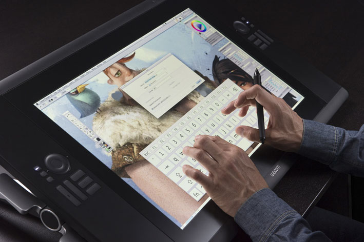 Cintiq 24HD touch-In use v2